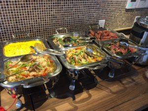 沖縄 安里駅・牧志駅周辺にある琉華ホテル那覇は朝食無料で安い!