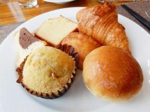 ウェスティン朝鮮,釜山,朝食,ビュッフェ,パン,ラウンジ